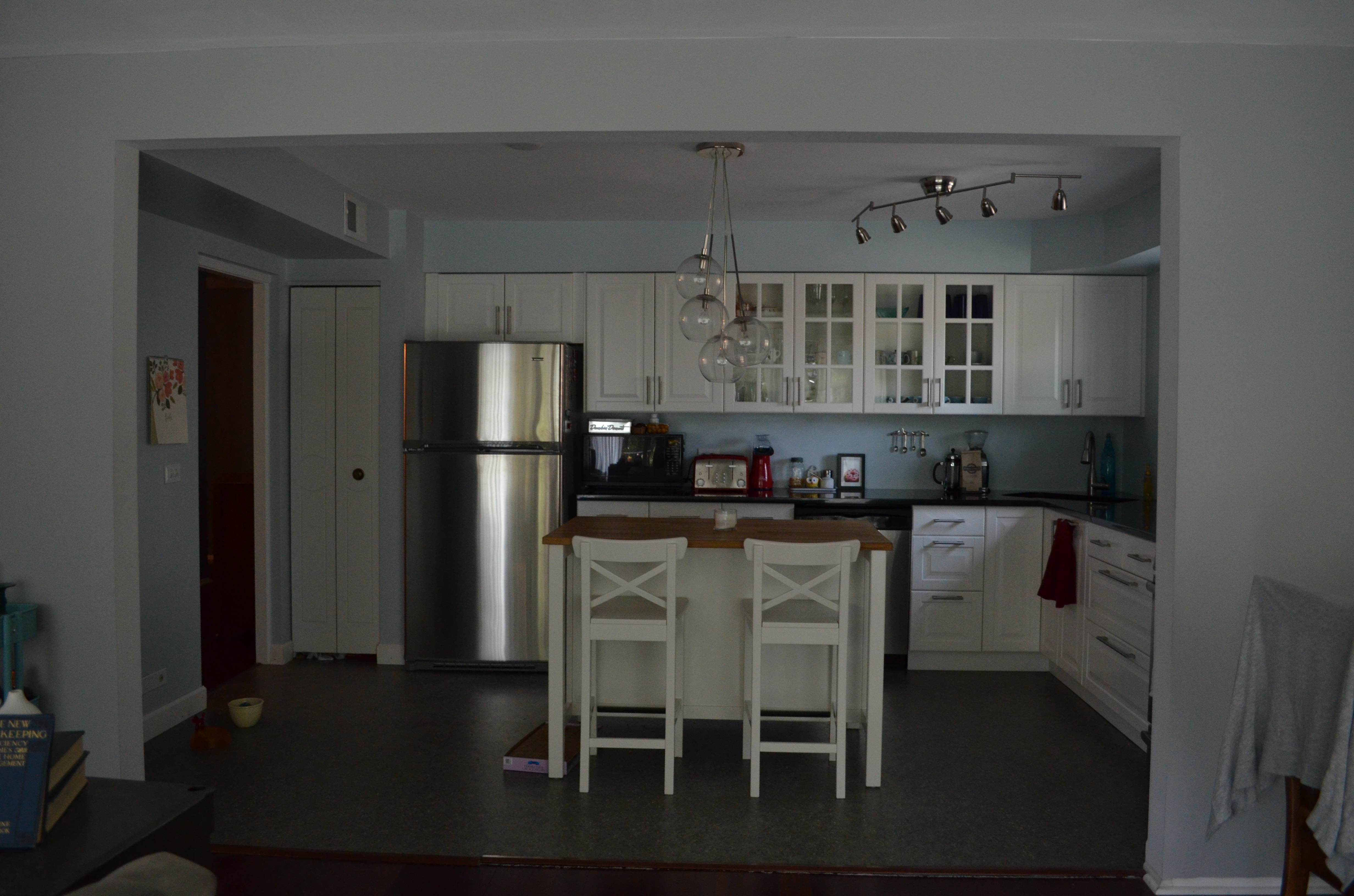 So Thatu0027s The Kitchen. I Have A Few More Pieces Of Art Iu0027d Like To Hang And  We Would Love A Real Back Splash, But Otherwise, We Are Thrilled With The  ...