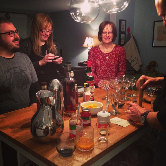 Whiskey chat drink mixing