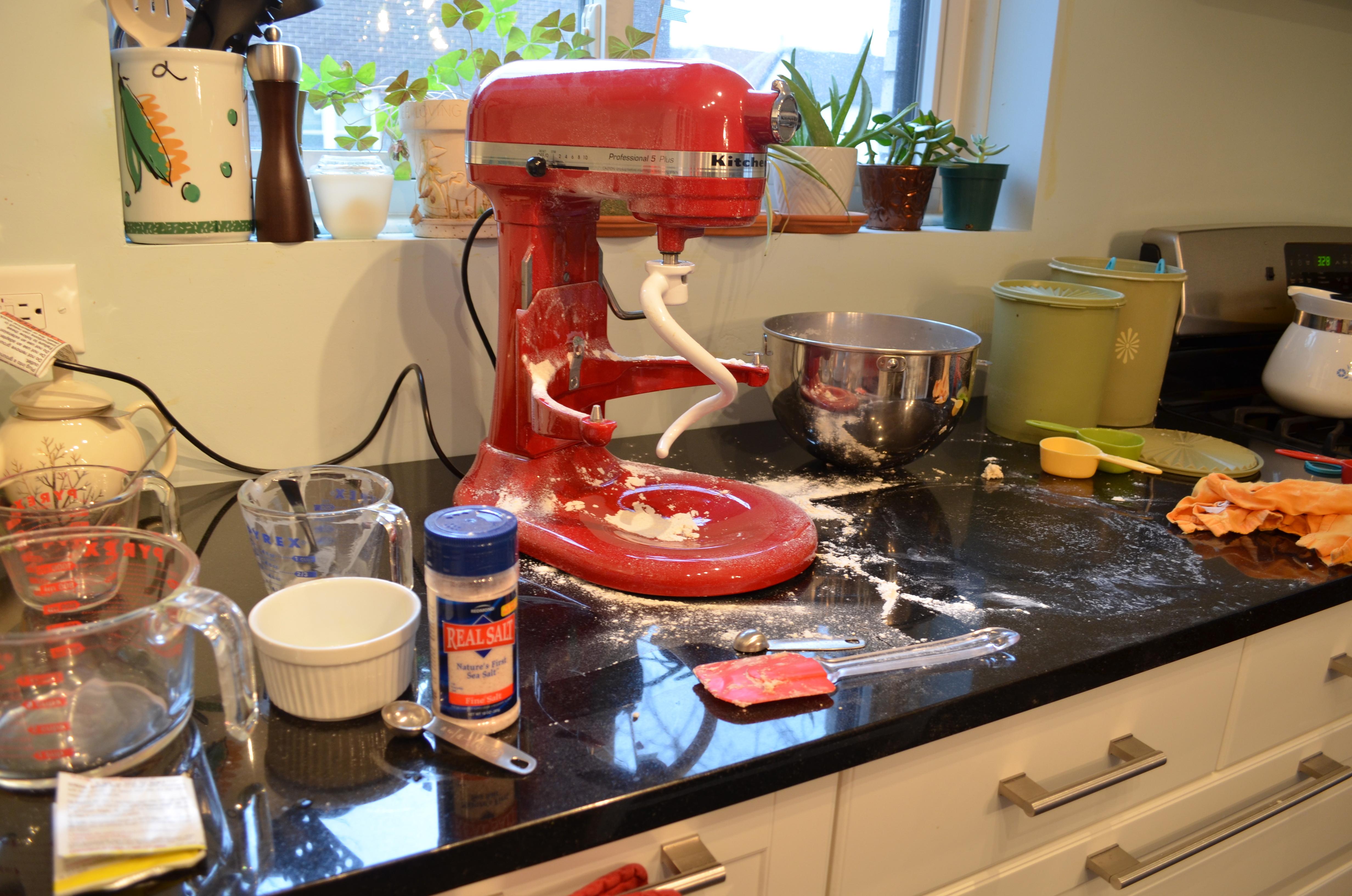 Messy Construction Kitchens : Homemaker s challenge avanti bread kimberly ah