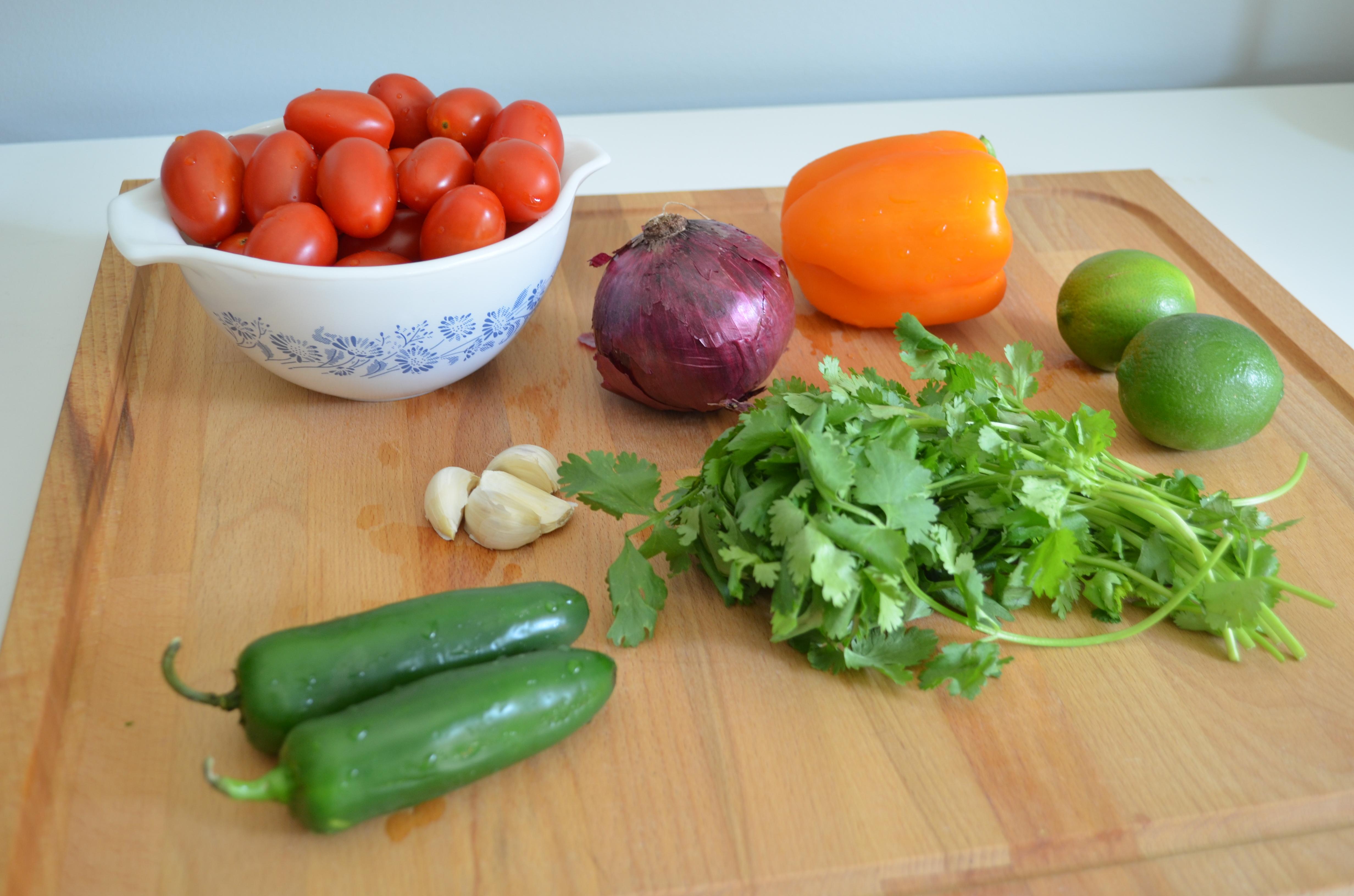 summer fresh salsa ingredients