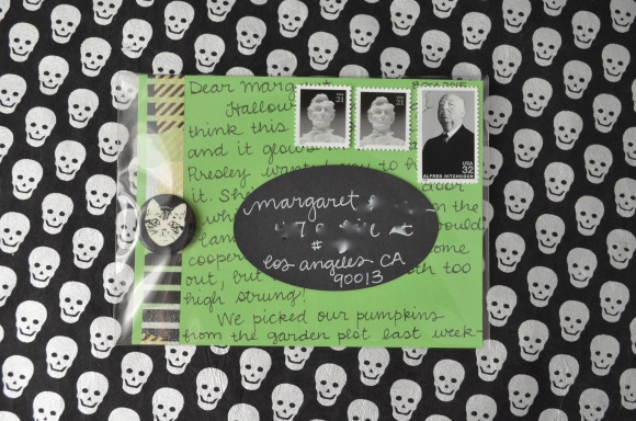 Halloween mail, La Familia Green glow in the dark button, mail art 3
