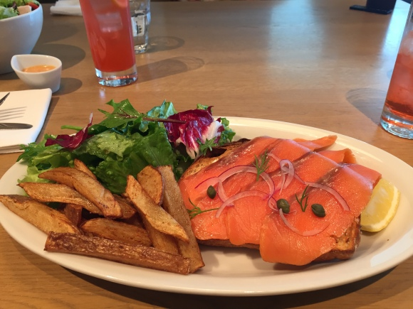 Cafe Stylo smoked salmon, Itoya