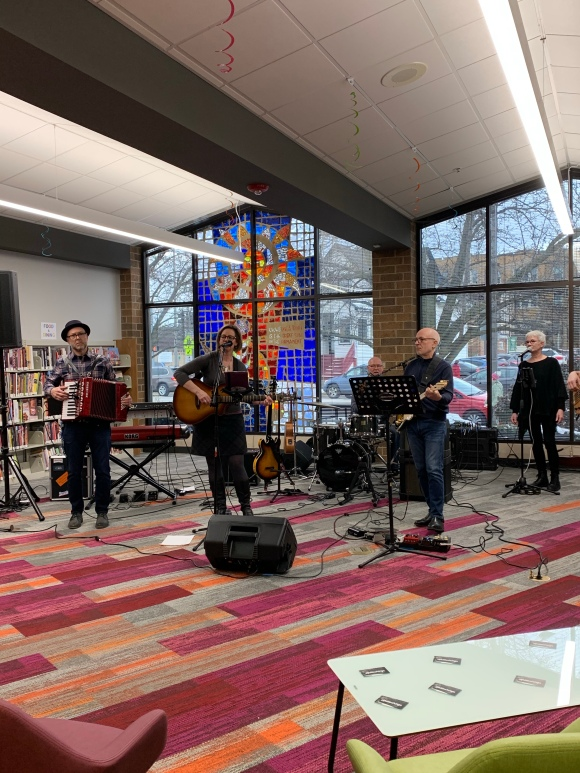 Forest Park Public Library grand reopening, Kettlestrings band