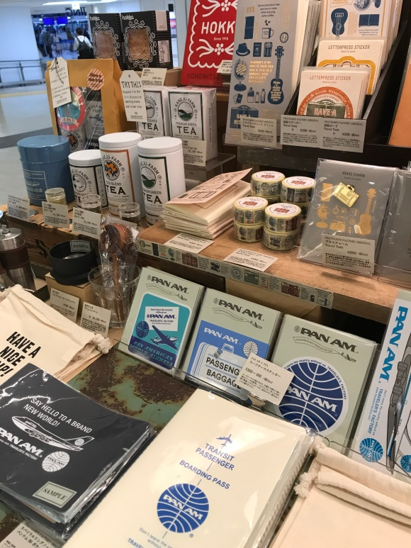 Traveler's Notebook stickers, Traveler's Factory Airport, narita airport, Pan Am accessories